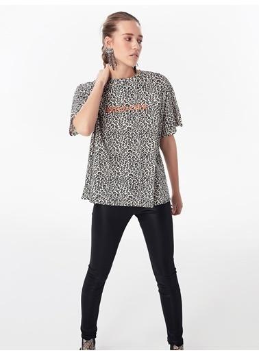 Twist Tişört Krem
